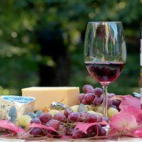 mode bar: fromage et rouge qui tâche - MARENNES